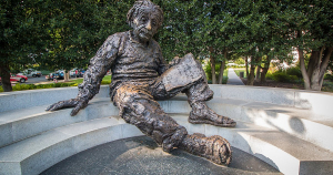 Monument to Albert Einstein