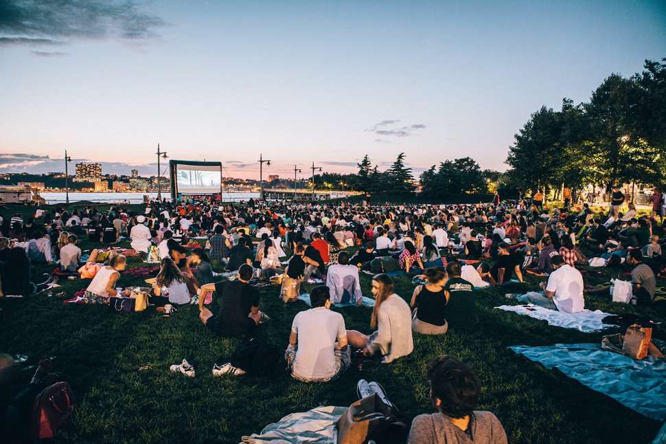 Outdoor movies in NYC